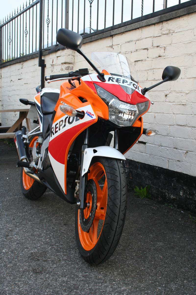 honda cbr 125 r repsol for sale mansfield. Black Bedroom Furniture Sets. Home Design Ideas