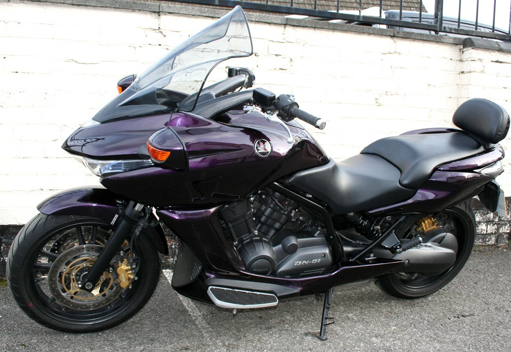 Honda DN-01 700 cm³ 2008 - Riihimäki - Moottoripyörä