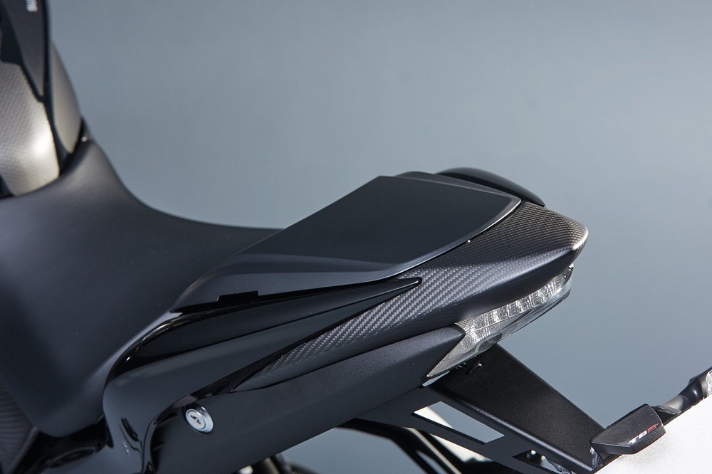 suzuki gsx s1000 carbon fibre rear seat tail cover. Black Bedroom Furniture Sets. Home Design Ideas