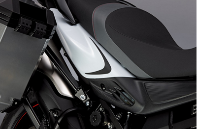 Suzuki V-Strom 650 ABS Black Graphic Set