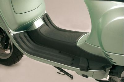 Vespa LXV Footrest Mat
