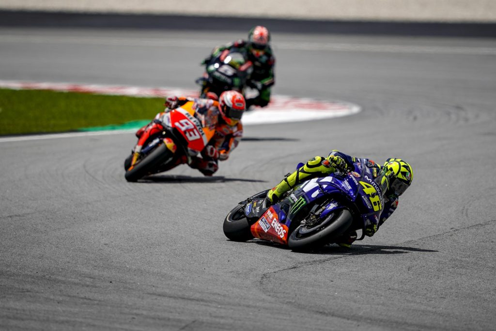 MotoGP Malaysia - Rossi Hold On To The Lead